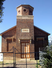 St Bartholomew's Anglican Church - Former 22-07-2002 - Alan Patterson
