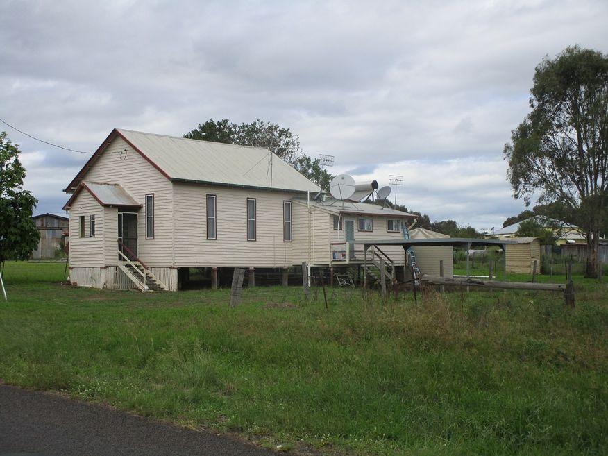 Cloyna Baptist Church - Former