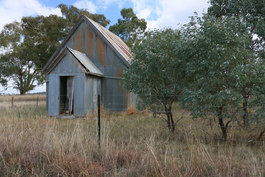 Curra Creek Road, Suntop Church - Former
