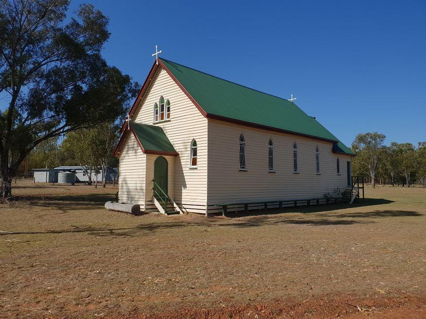 Douglas Lutheran Church