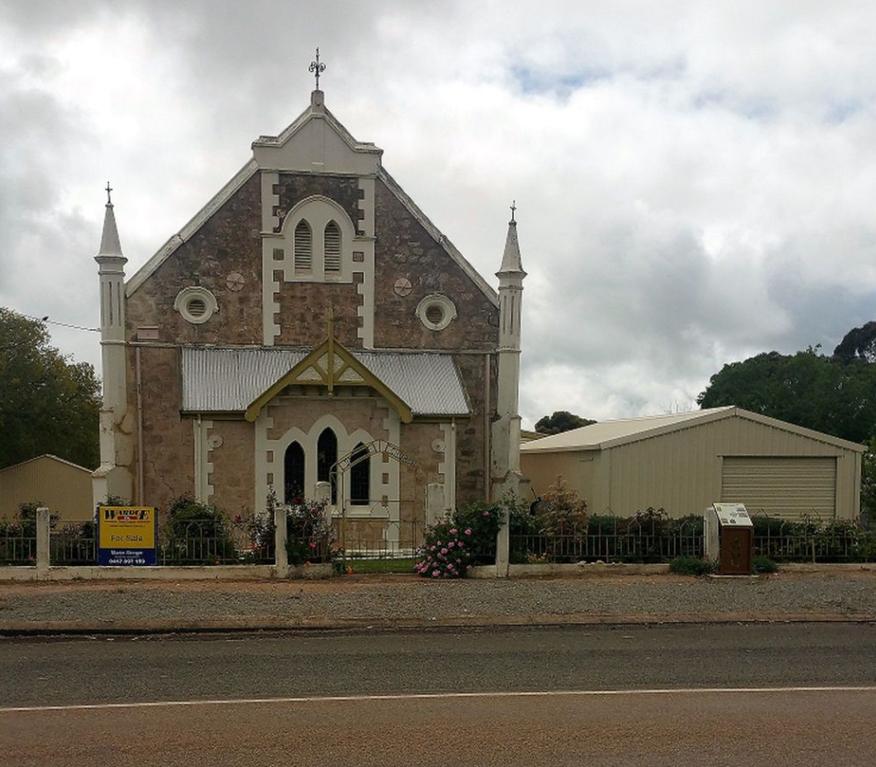 Georgetown Baptist Church - Former