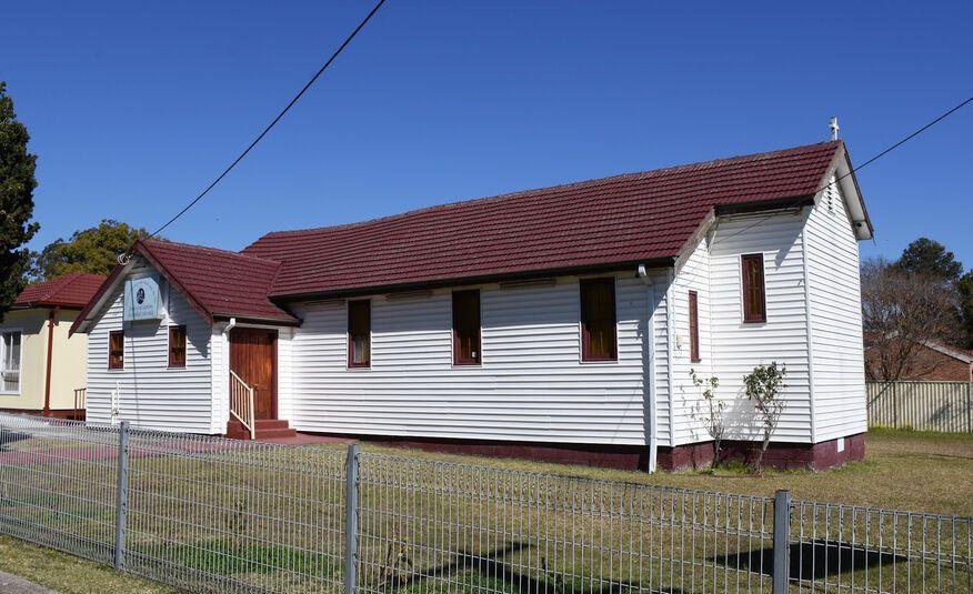 Iglesia de Dios (Church of God)