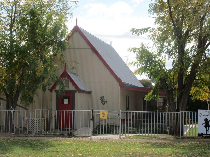 King Street, Yeoval Church - Former
