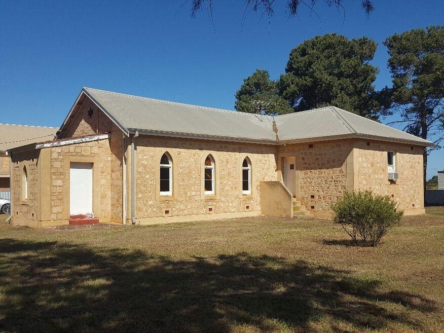 Long Plains Church of Christ - Former
