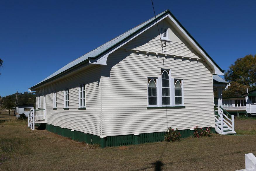 Maclagan Presbyterian Church - Former