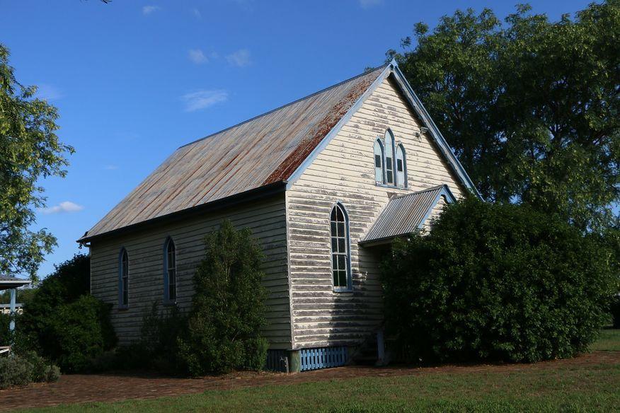 Marburg German Baptist Church   Former