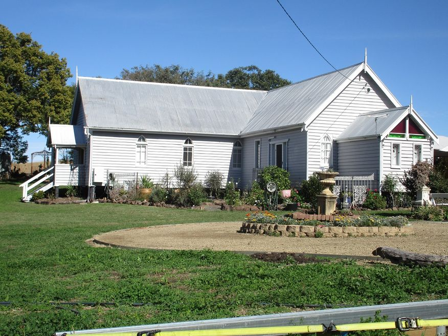 Milbong Uniting Church - Former