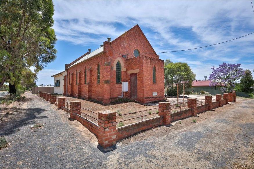 Ouyen Presbyterian Church - Former