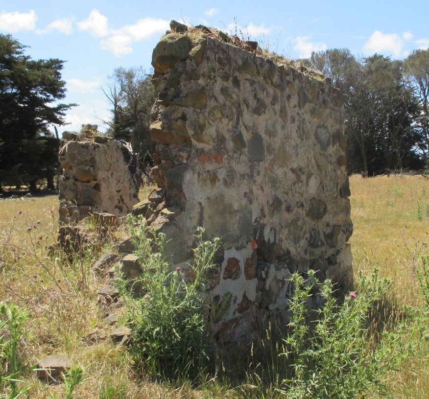 Pettavel Presbyterian Church - Former - Remains