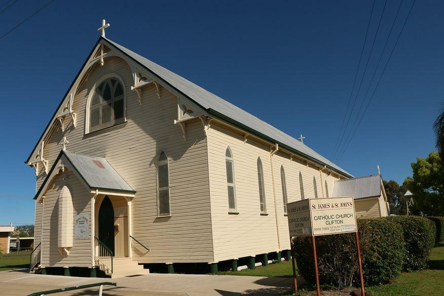 St James' & St John's Catholic Church