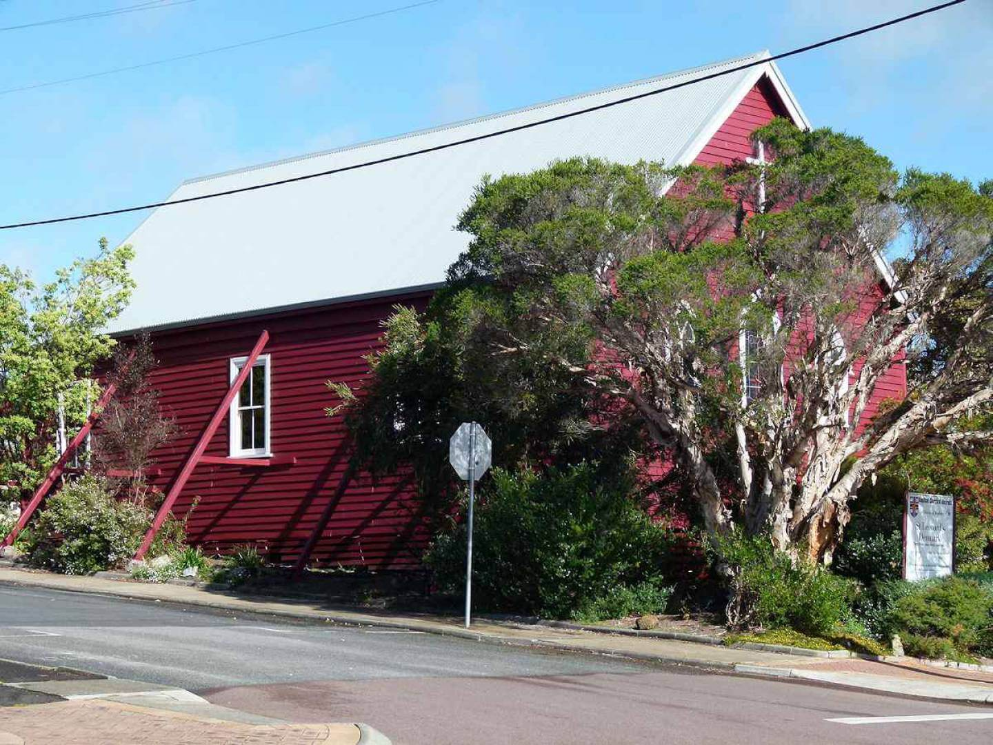 St Leonard's Anglican Church