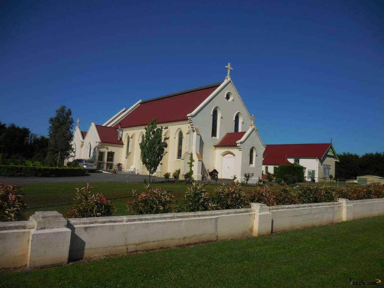 Woodford Catholic Church