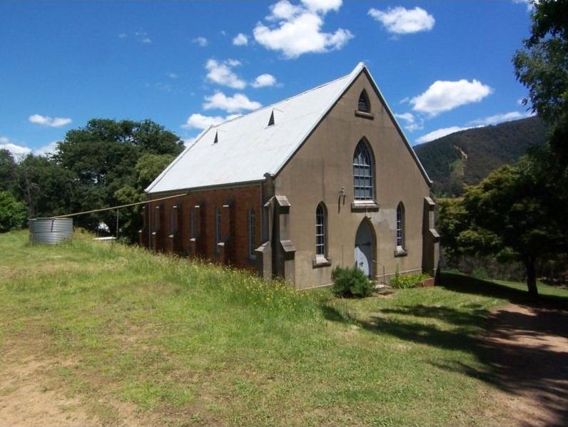 Wandiligong Uniting Church - Former