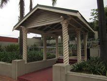 Central Baptist Church - Former - Memorial Gate 02-05-2014 - John Huth, Wilston, Brisbane