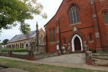 Daylesford Uniting Church + Former Wesley Chapel 10-04-2019 - John Huth, Wilston, Brisbane