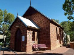 Glen Forrest Uniting Church 00-04-2015 - (c) gordon@mingor.net