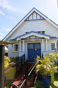 Grange Uniting Church - Former 12-11-2017 - John Huth, Wilston, Brisbane