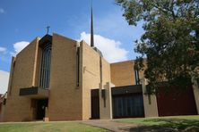 Holy Cross Catholic Church