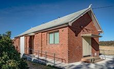 Parkesbourne Uniting Church - Hall 02-12-2019 - Greg Davis - See Note
