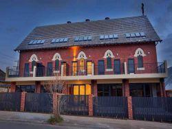 Rothwell Street, Ascot Vale Church - Former 00-06-2015 - Brad Teal Real Estate Pty Ltd - Ascot Vale