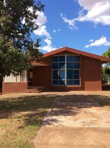 St Andrew's Presbyterian Church - Former 31-03-2015 - John Conn, Templestowe, Victoria