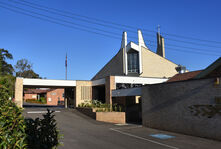 St Bernadette's Catholic Church 07-09-2016 - Peter Liebeskind