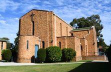 St Philip Neri Catholic Church 08-04-2019 - Peter Liebeskind